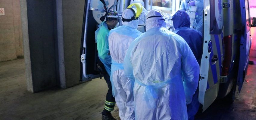 Traslado pacientes covid hospital regional de Concepción
